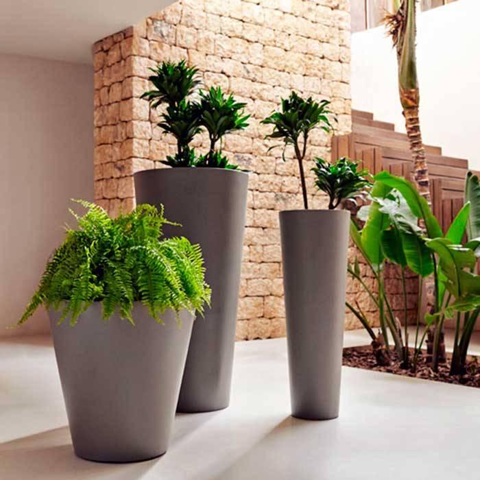 Maceteros grandes para exterior affordable jardineras en - Maceteros madera exterior ...