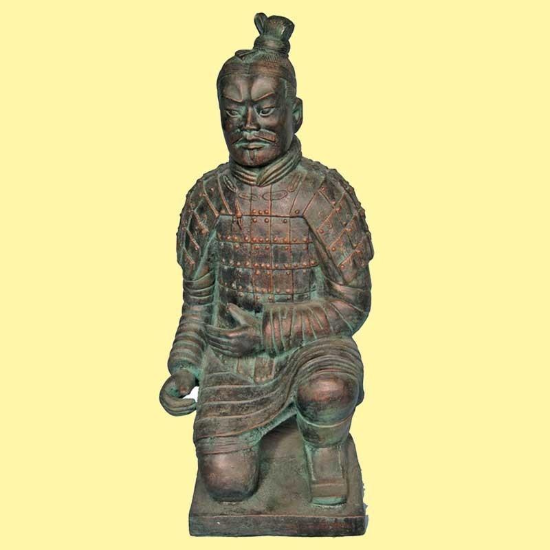 Guerrero Xian Bronce Arrodillado